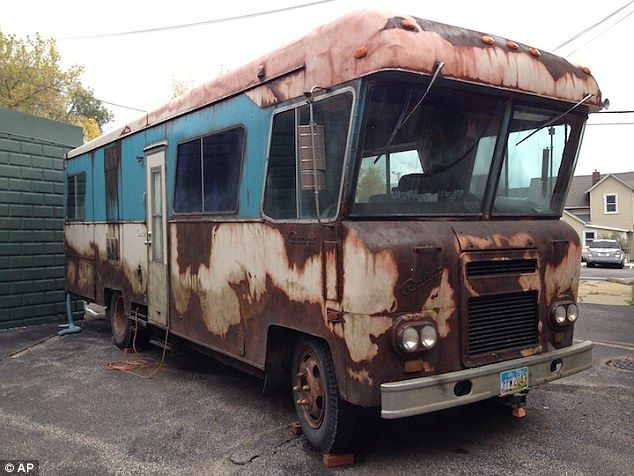 cousin eddie rv vandalized