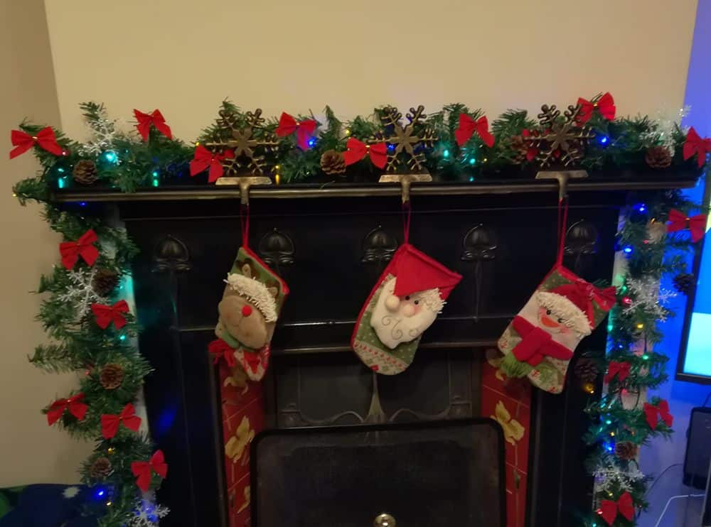 Christmas Garland for Mantelpiece with lights