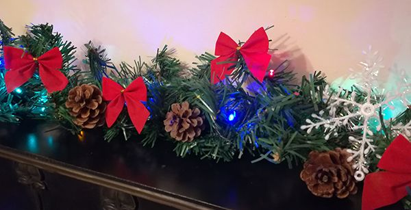 mantel christmas garland with lights